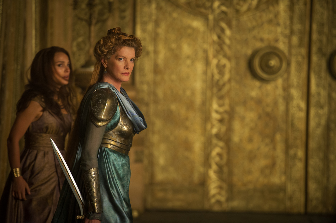 Thor The Dark World - Rene Russo - Natalie Portman
