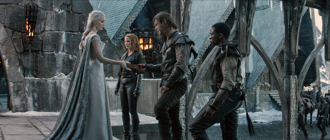 The Huntsman,Winter's War,Emily Blunt,Jessica Chastain,Chris Hemsworth,Sope Dirisu