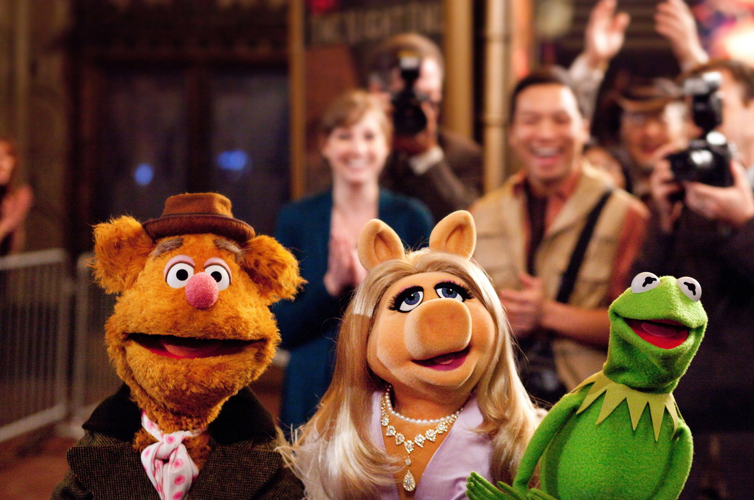 The Muppets - Kermit -- Miss Piggy - Fozzie