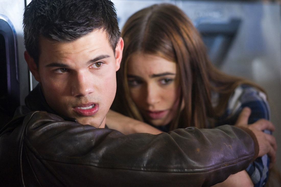 Abduction - Taylor Lautner - Lily Collins